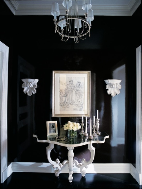 black entry table